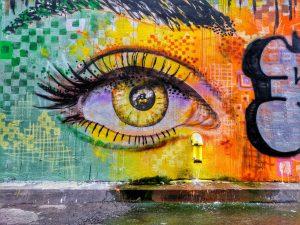 graffiti-on-wall-eye